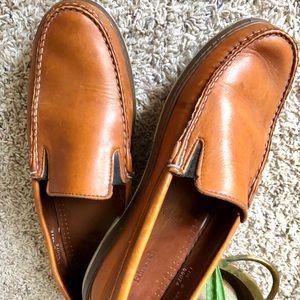 Allen Edmonds tan loafers slip ons | Westport |